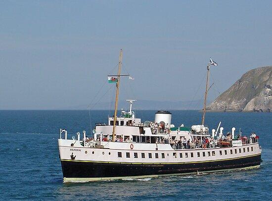 MV Balmoral at Llandudno  by Rod Johnson