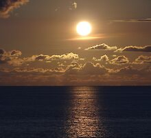 Sunset Time - Hora de la  Puesta del Sol by PtoVallartaMex