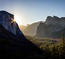 Sunrise, Yosemite Valley by Philip Kearney