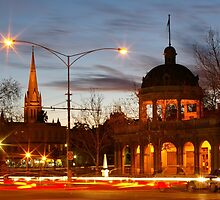 Icon's Of Bendigo by Ike Faithfull