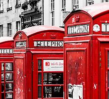 Phonebox Red by William Rottenburg