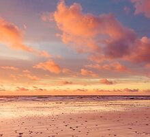 Pastel sunset by Zoe Power