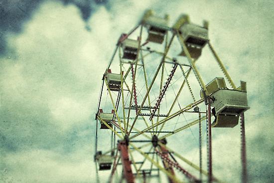 Ferris wheel at a funfair by Sharonroseart