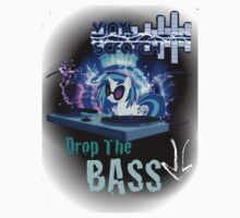 Vinyl Scratch - Drop The BASS! by HyperGuy46