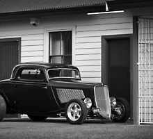 Phil Retford's 1933 Ford Coupe by HoskingInd
