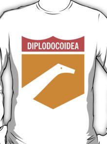 Dinosaur Family Crest: Diplodocoidea T-Shirt