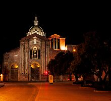San Blas Cathedral - Cuenca, Ecuador by Paul Wolf