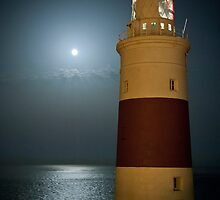 Full moon and light house. by fotopro