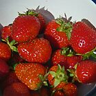 Sweet summer strawberries ... by Choux