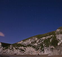Starry night at Durdle Door by Ian Middleton