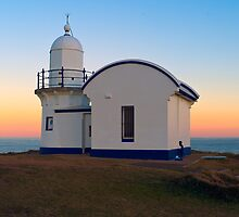 Tacking point Lighthouse by David Geoffrey Gosling (Dave Gosling)
