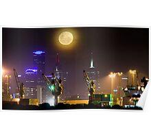 Moonrise over Melbourne Poster