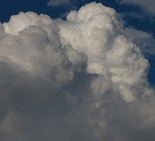 Cloud bursts by MarianBendeth