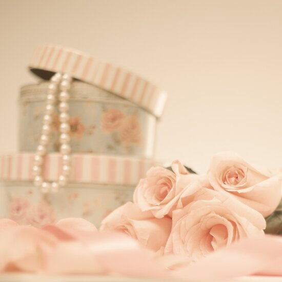 Pink Roses and Pearls  by Andreka