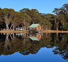 A Property InTenterfield. NSW, Australia by Ralph de Zilva