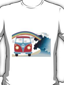 VW T1 van on the beach under rainbow T-Shirt