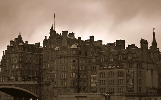 Edinburgh  by BeckyNPhotog