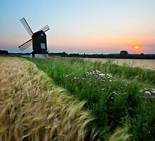 Pitstone Windmill by Graham  Custance