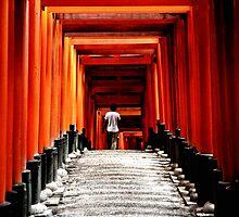 Fushimi inari shrine by fontina