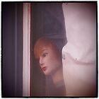 Peek-a-boo by Thomayne