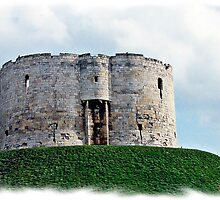 Round Tower York by mrcoradour
