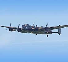 BBMF Lancaster - Shoreham Airshow 2009 by Colin J Williams Photography