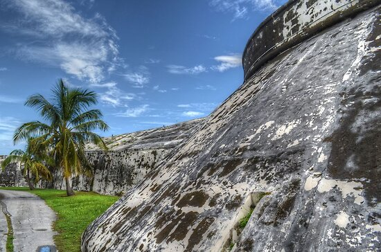 Fort Charlotte in Nassau, The Bahamas by 242Digital