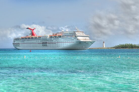 Cruise Ship entering in Nassau Harbour, The Bahamas by 242Digital