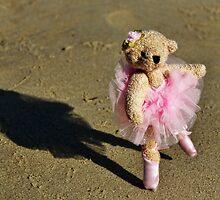Tiny Dancer by Susie Peek