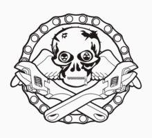 Spanner Skull  by Sookiesooker