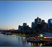 Darling Harbour - Early Morning by mashdown