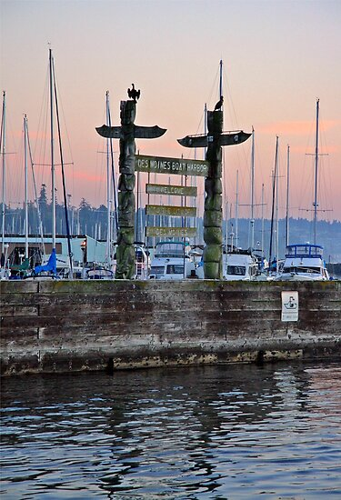 Welcome to Des Moines Washinton Marina by Rhonda R Clements