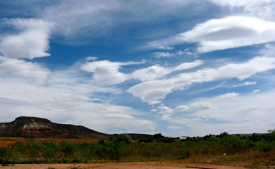 Coming Up to Tucumcari by skyhat