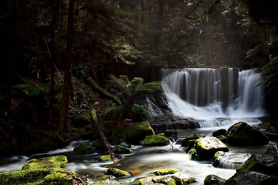 Horseshoe Falls Tasmania by Sharon Kavanagh