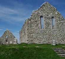 Church Ruins Clonmacnoise by Elmacca