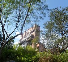 Hollywood Tower Hotel (Tower of Terror) by PaulRoberts