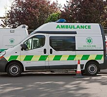 Paramedico Emergency Response Ambulance at Southampton Boat Show 2012 by Keith Larby