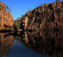 Cruising along Katherine Gorge by myraj