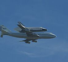 Space Shuttle Piggy Back High by photoclimber