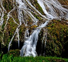 Flowing waterfall rivulets by Sharpeyeimages