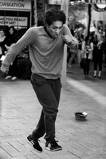 Break Dancer Perth by Andrew  Makowiecki