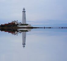 St Mary's Light House by Elaine123
