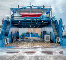 Atlantis view through the Mailboat docked at Potter's Cay by Jeremy Lavender Photography
