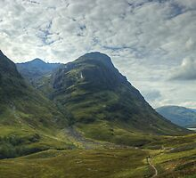 Glen Coe by VoluntaryRanger