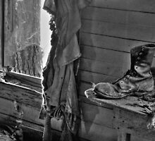 Old Boot (BW) by Kyle Wilson