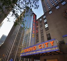 Radio City New York by Yhun Suarez