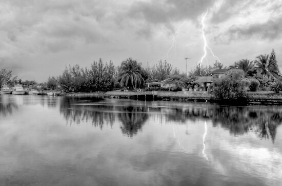 Lightnings over Coral Harbour in Nassau, The Bahamas by 242Digital