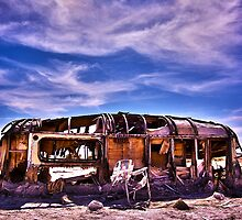 Abandoned RV at The Salton Sea by eddieguy