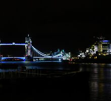 Overnight In London (1) by Larry Lingard/Davis