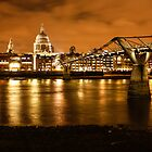 London by night by Ana Cunha